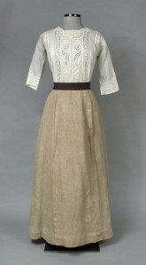 Shirtwaist and Skirt.