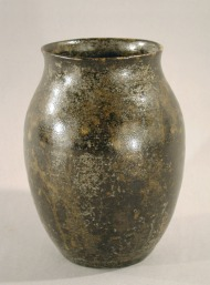 Vase, 1930s. Gift of Luman P. Kelsey, 1958.59.0 (This vase is made of wheel-thrown stoneware with mottled dark green glaze.)