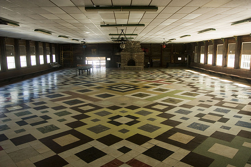 tour Thrall Hall, a square dance hall in East Windsor, Connecticut