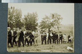 Veterans at Memorial Day observance, Zion Hill Cemetery, Hartford, 1912 CHS X.2000.28.14 (CD 0533 img 0043)