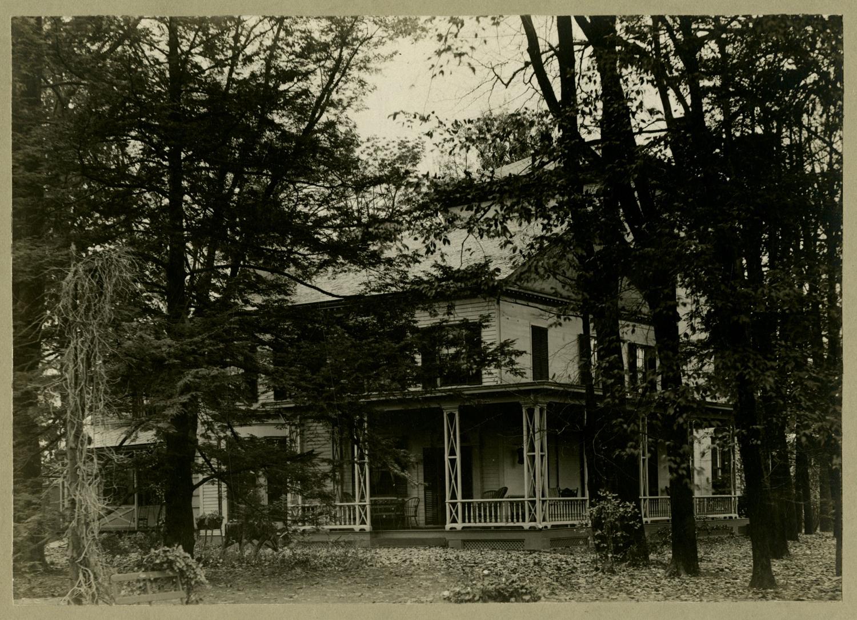 Dixon Welling House003