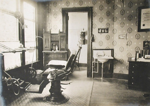Operating room in Dentist's Parsons Office, Thomaston, 1900-1905. Connecticut Historical Society collections.